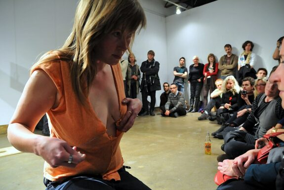 Agnes Nedregard performing 'Even out the pressure' at XPACE.