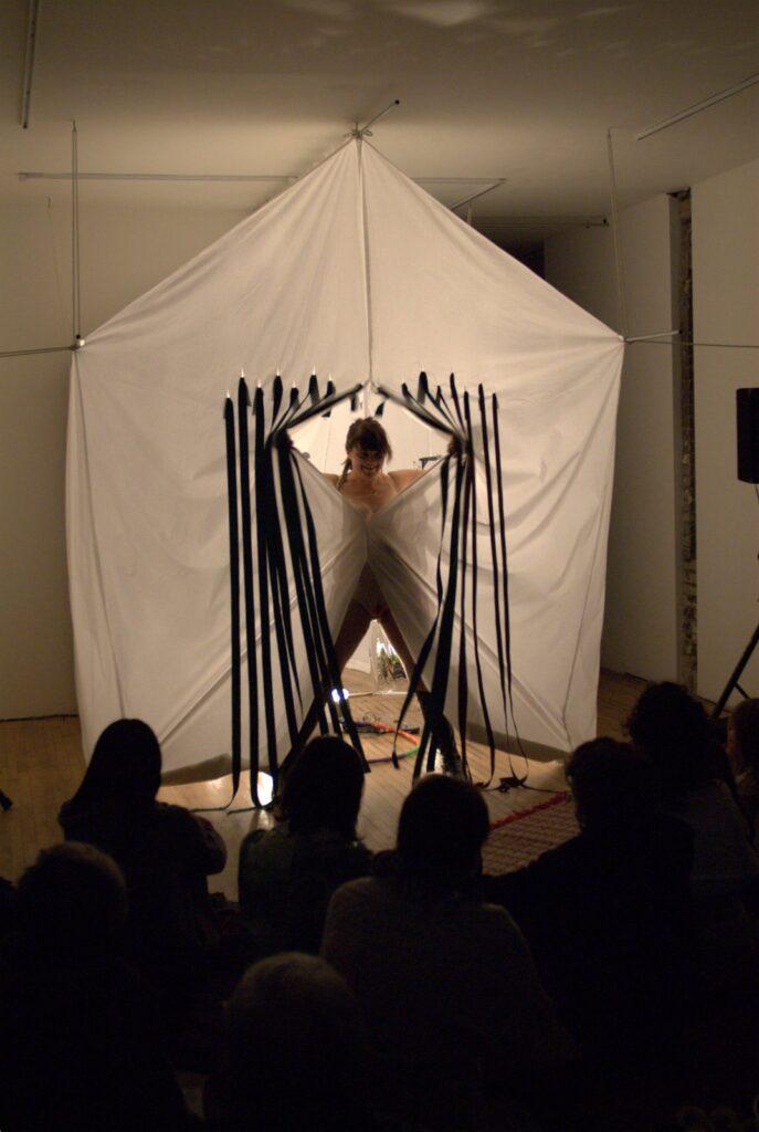 Cheryl L'Hirondelle performing êkâya-pâhkaci (don't freeze up) at Toronto Free Gallery
